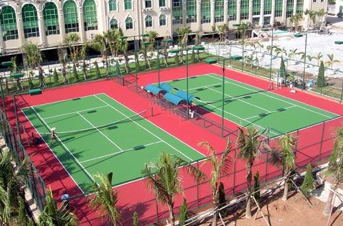 Sân tennis của khách sạn Thiên Ý