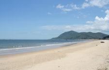 Vẻ đẹp diệu kỳ của biển Thiên Cầm